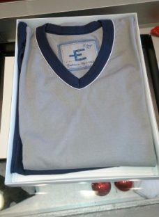 http://articulo.mercadolibre.com.ar/MLA-598907435-pijama-hombre-eyelit-verano-excelente-calidad-_JM