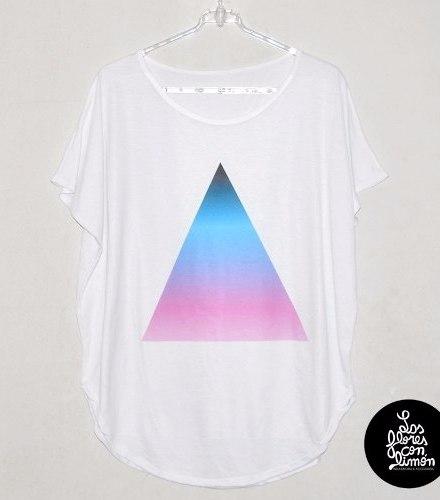 http://articulo.mercadolibre.com.ar/MLA-617870422-remeron-triangle-color-amplio-largo-dama-spun-_JM