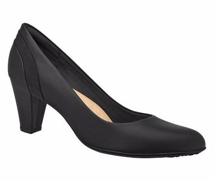 http://articulo.mercadolibre.com.ar/MLA-622432007-zapato-piccadilly-super-confort-con-taco-6-cm-cueros-liberty-_JM