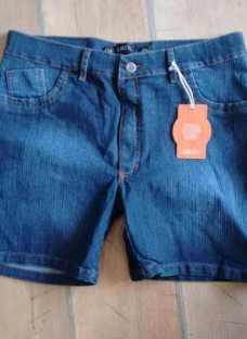 http://articulo.mercadolibre.com.ar/MLA-620681404-short-de-jean-elastizado-talles-52-al-60-_JM