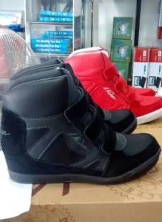 Zapatillas La Gear Originales Botita Cuero Abrojo Bota