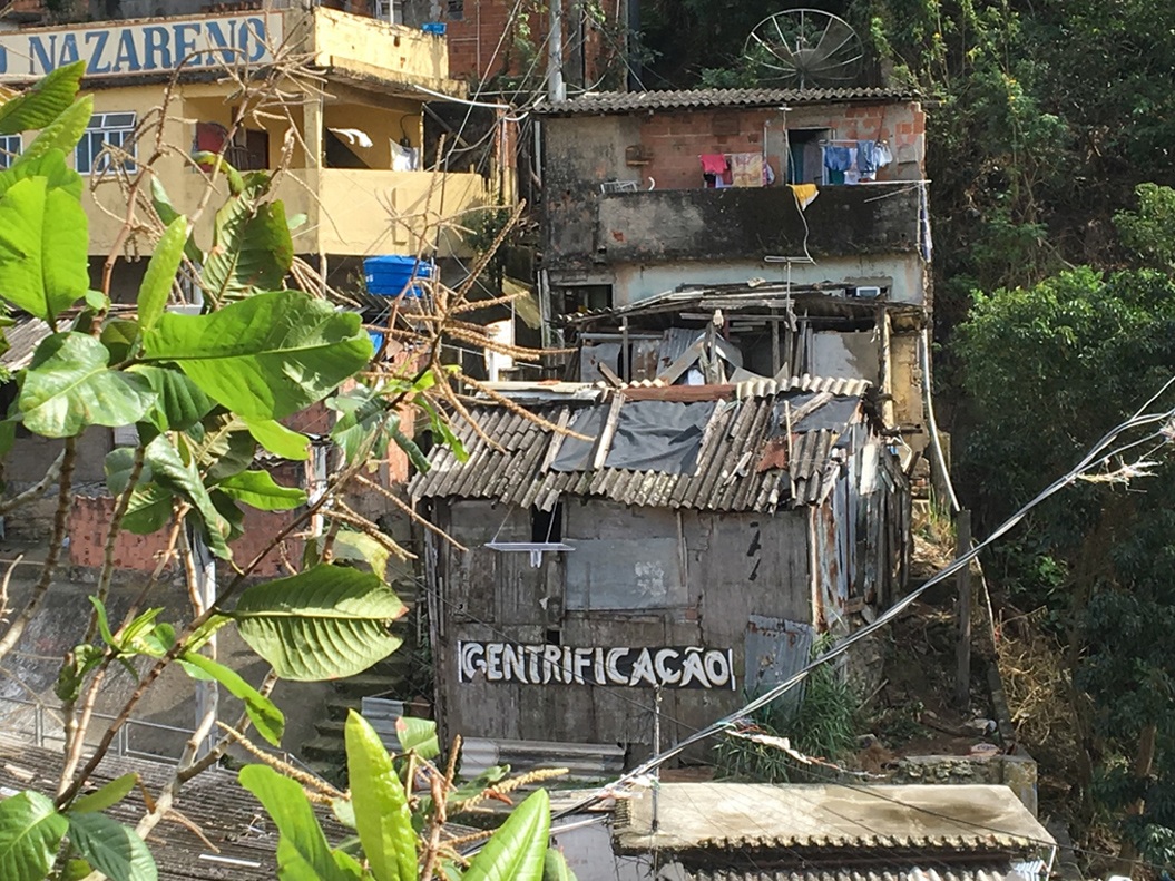 Gentrification sign at the top of the Santa Marta favela