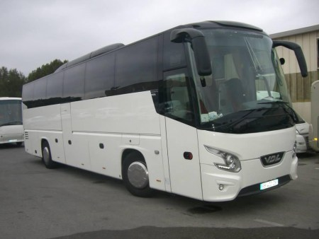 Hire a coach or minibus in Nice