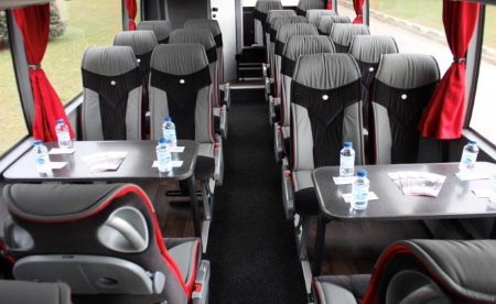 Hire a coach with driver in Dinan, France