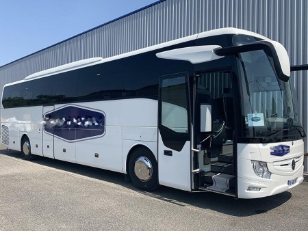 Bus rental in Lorient