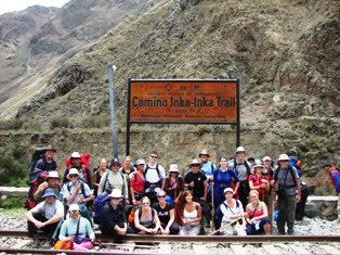 10.25 - Inca Trail Group Photo - Start