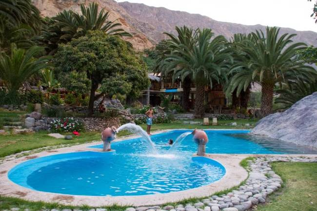 pool_colca_canyon