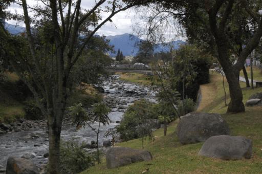 Rio-tomebamba-centro-cuenca (1)