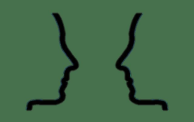 Afbeelding twee gezichten die elkaar feedback geven, in blog over feedback geven coachingmetsanne.com