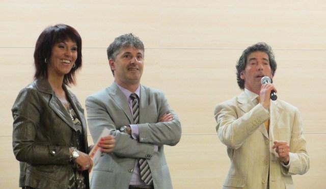 AUTOSTIMA TOUR 2016 - Carisolo 31 maggio, Giancarlo Fornei con il Sindaco Arturo Povinelli e la consigliera Giuditta Nella