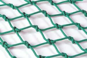 Trawl netting: 4mm x 85mm inside polyethylene
