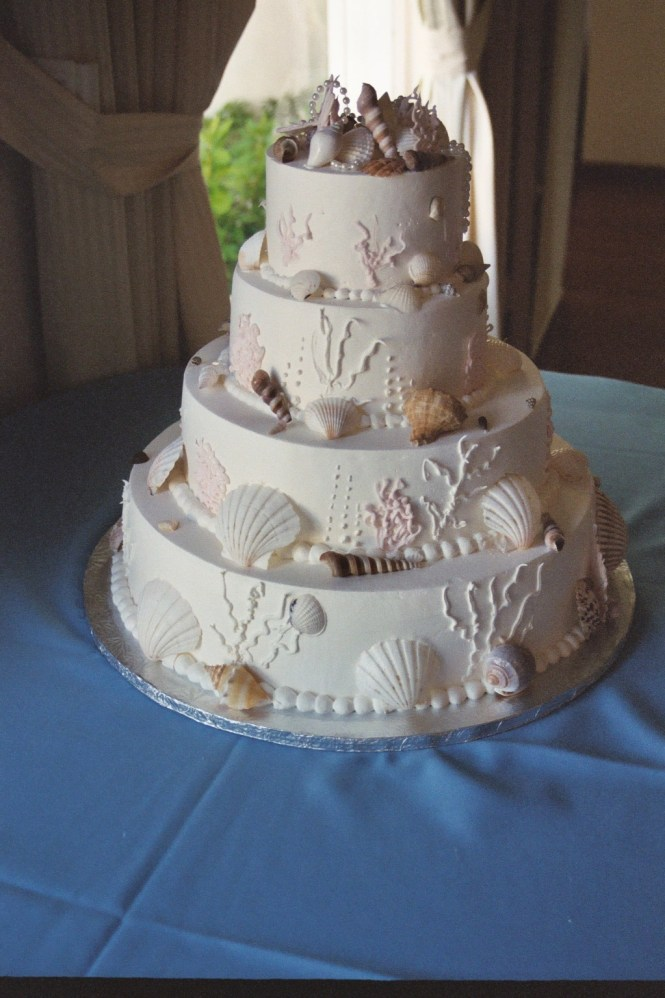 Alternatives To A Traditional Wedding Cake That Your Guests Will Love We This