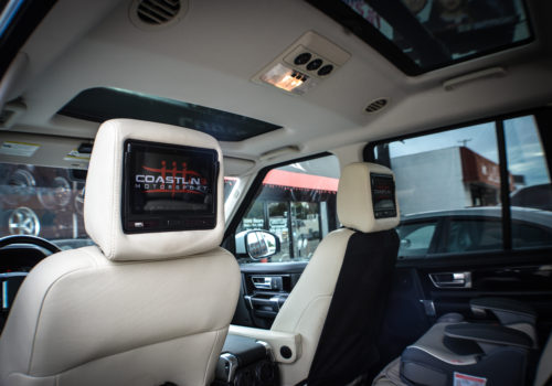 Land Rover Range Rover w/ Vizualogic Headrest Screen Tablets