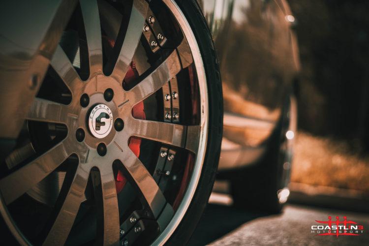 Land Rover Range Rover w/ Custom Finished Forgiato Wheels