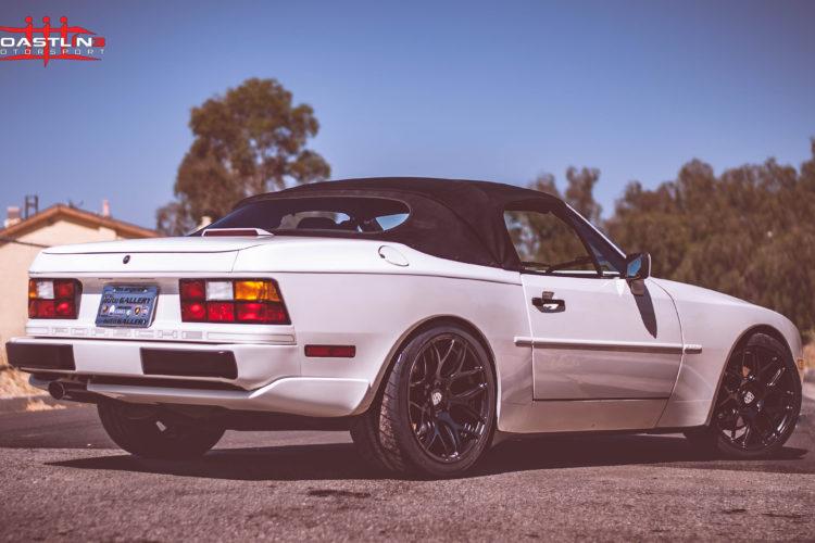 Porsche 944 w/ Satin Black Powdercoated Wheels