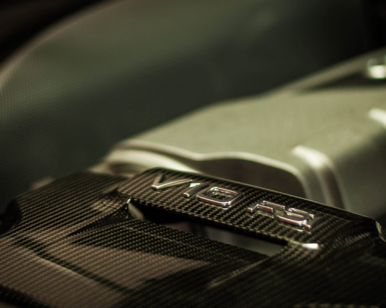 Audi R8 Engine Bay