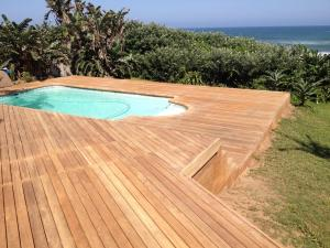beach home decking
