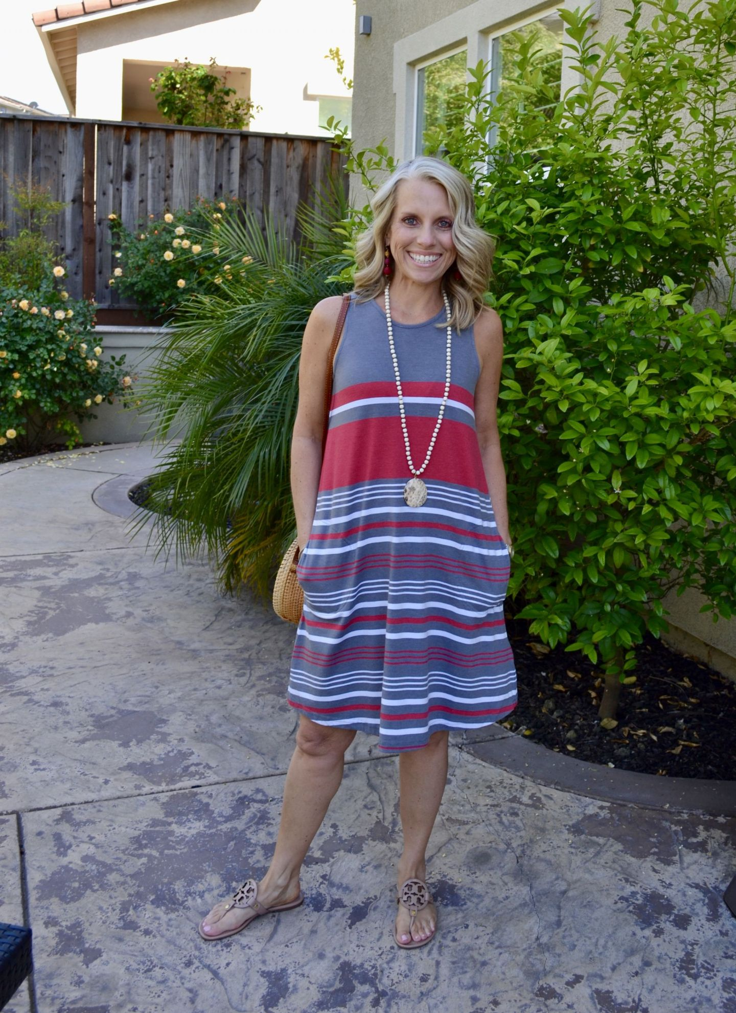 Great knit swing dress with pockets from Aventura