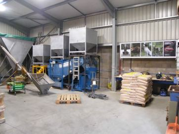 New mixing plant being installed