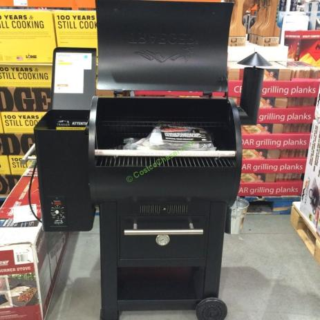 Traeger Century 22 Wood Pellet Grill With Warming Drawer
