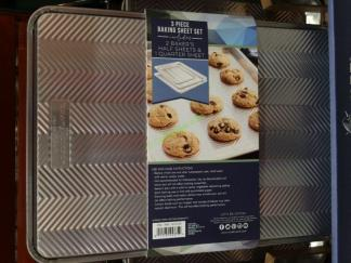 Costco-1071570-Nordic-Ware-3PC-Prism-Aluminum-Baking-Sheets-use