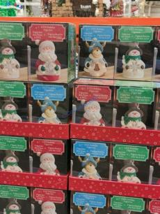 Costco -2006065-Holiday Figures-all