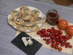empanadillas de mermelada de tomate