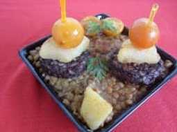 lacocinadelosinventos.blogspot.comtapita-de-lentejas-y-morcilla-de-burgos-1