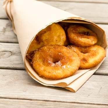 buñuelos de manzana receta fácil