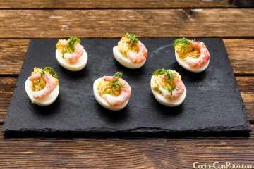 huevos rellenos recetas facil gambas