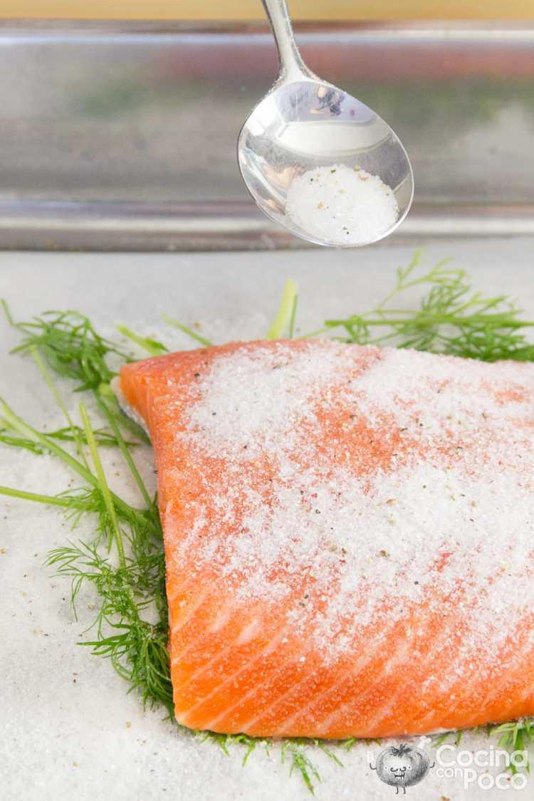 cómo hacer salmón marinado en casa receta fácil noruega paso a paso