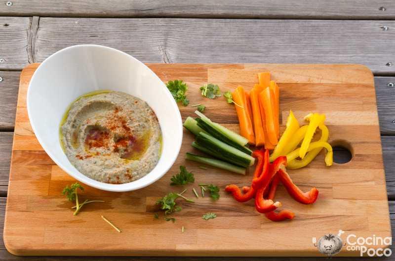 Hummus de berenjena casero - receta fácil