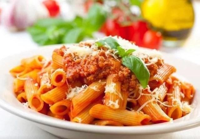 Macarrones a la boloñesa vegetariana