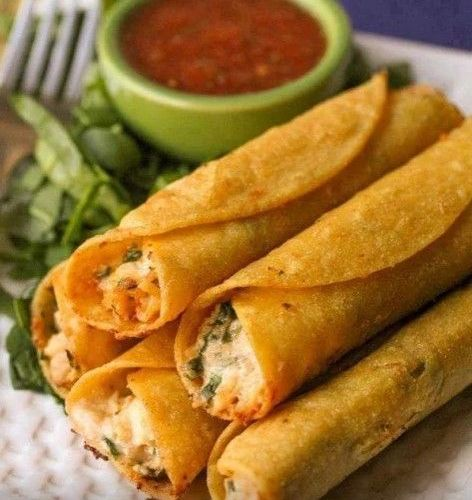 Taquitos de Pollo con Queso Crema
