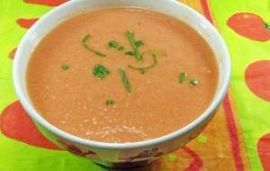 Crema de Jitomate (tomate rojo) a la Mexicana