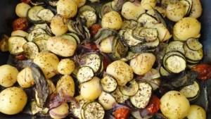 Patatas y Calabacines al horno: receta deliciosa muy sana