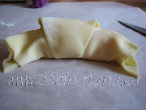 Croissant antes de pasar por el horno