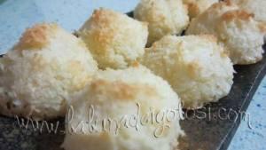 Cómo hacer Coquitos: una receta dulce con harina de coco