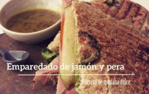 Emparedado de Jamón, Peras y aderezo de Mostaza dulce: Delicioso