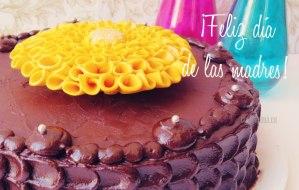 Pastel de Chocolate, ideal para el día de la Madre. [Receta completa con vídeo]