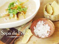 Sopa de Frijol mexicana: Como prepararla paso a paso