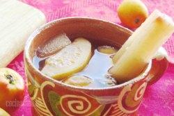Ponche Navideño de Frutas