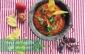 Salsa de Chile Guajillo y Cacahuate