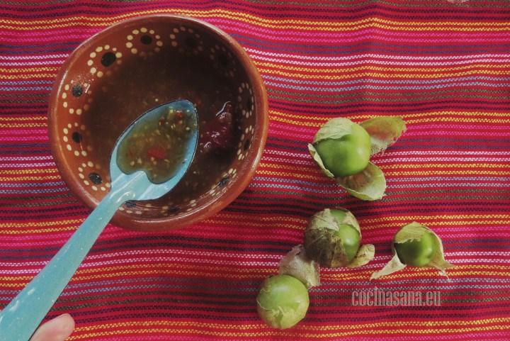 Salsa verde con chile morita, esta salsa ligeramente picante es un muy buen complemento para tus comidas o para