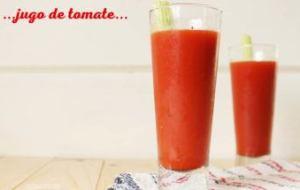 Jugo de Tomate, Apio y Vegetales: Delicioso y Refrescante zumo Detox