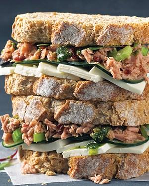 receta-de-sandwich-de-atun-y-queso-panela
