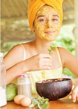 6 sencillas recetas de mascarillas naturales para piel seca