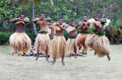 danse fidjienne ©office de tourisme de Fidji