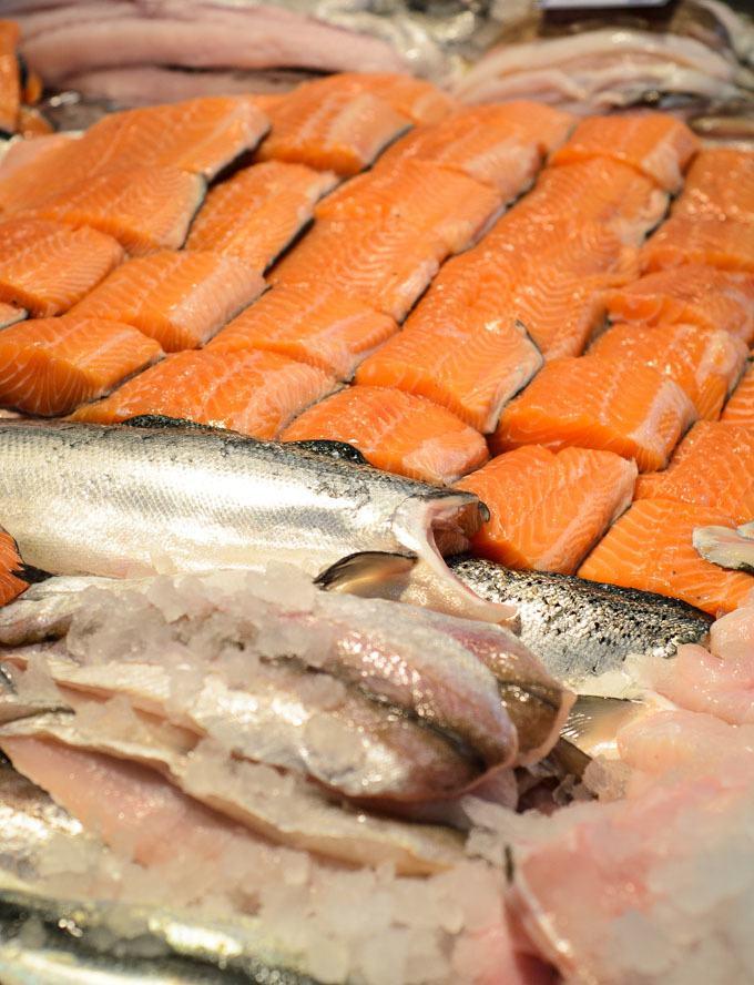 where to buy fresh fish