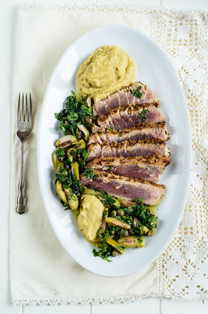 Tuna with aubergine hummus